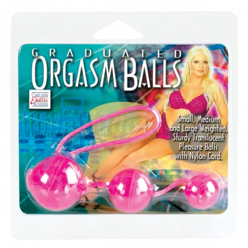 Три розовых вагинальных шарика