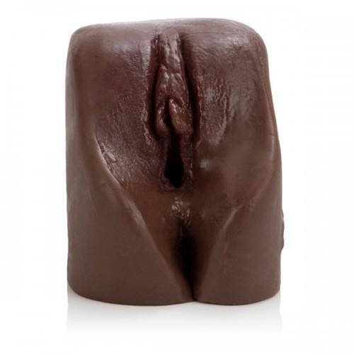 Темнокожая вагина Лация