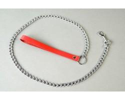 Поводок с красной кожаной ручкой