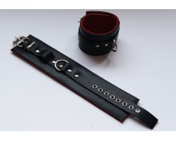 Чёрные подшитые кожаные наножники с красным подкладом