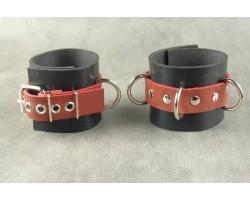 Чёрные не подшитые наручники с 3 сварными D-кольцами