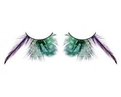 Зеленые ресницы с фиолетовыми перьями