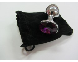 Серебристая анальная пробка среднего размера с фиолетовым кристаллом - 8 см.